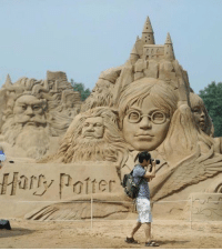 Memes, Amaz, and Amazing: Harry Pater This sand castle is amazing