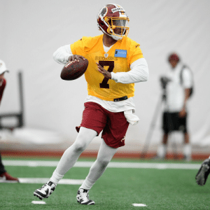 Looking good in the Burgundy + Gold. @dh_simba7 @Redskins   #HTTR https://t.co/eDMzovev1Z: HASKIN Looking good in the Burgundy + Gold. @dh_simba7 @Redskins   #HTTR https://t.co/eDMzovev1Z