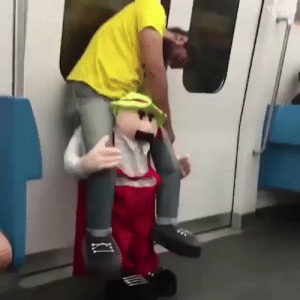 He's so drunk the costume really does look like it's carrying him 😂 https://t.co/4tStiiGe1k: He's so drunk the costume really does look like it's carrying him 😂 https://t.co/4tStiiGe1k