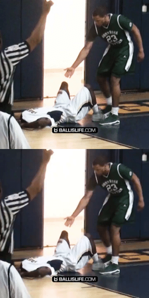 He DUNKED ON HIM and then HELPED HIM UP!! https://t.co/2s6wurSPuy: He DUNKED ON HIM and then HELPED HIM UP!! https://t.co/2s6wurSPuy