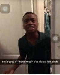 Dawg missed the bus, this shit so funny Bra I swear 😂😂😂.https://t.co/J0AaE1wJpb: He pissed off bout missin dat big yellow bitch Dawg missed the bus, this shit so funny Bra I swear 😂😂😂.https://t.co/J0AaE1wJpb
