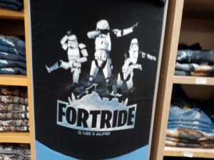 Hey, you kids like Star Wars Fortnight dabbing right? Is this what you like?? Will you buy it now???: Hey, you kids like Star Wars Fortnight dabbing right? Is this what you like?? Will you buy it now???