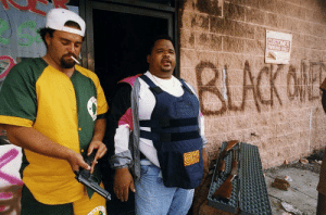 historicaltimes:  Two business owners preparing to defend their property, L.A Riots, 1992 : historicaltimes:  Two business owners preparing to defend their property, L.A Riots, 1992