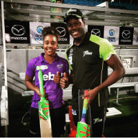 When WI women's cricketer Hayley Matthews came to the rescue of Carlos Brathwaite with a bat in the BBL game.: HON  WOR  HOME  mazDa When WI women's cricketer Hayley Matthews came to the rescue of Carlos Brathwaite with a bat in the BBL game.