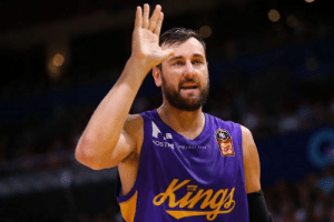 Andrew Bogut, Warriors, and Bogut: HOS Andrew Bogut will sign with the Warriors for the rest of the season after he gets clearance from NBL's Sydney Kings, per @ChrisBHaynes