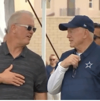 HOW DARE JERRY JONES TALK AND LEAVE HIS HAT ON DURING THE NATIONAL ANTHEM!! THATS 100x MORE DISRESPECTFUL TO ME!!!! DOES THIS NIGGA GOT A STAR ON HOLLYWOOD BLVD? ASKING FOR A FRIEND 🙄: HOW DARE JERRY JONES TALK AND LEAVE HIS HAT ON DURING THE NATIONAL ANTHEM!! THATS 100x MORE DISRESPECTFUL TO ME!!!! DOES THIS NIGGA GOT A STAR ON HOLLYWOOD BLVD? ASKING FOR A FRIEND 🙄