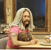 Drunk, Food, and Funny: how every drunk girl looks at 3 AM as they wait for their food https://t.co/VoSbDP0QWt