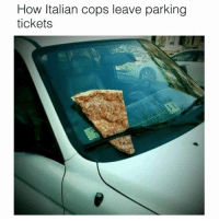 italian: How Italian cops leave parking  tickets