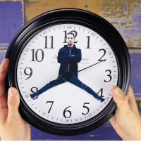 Dank, Crafty, and 🤖: I I 60  I  I 105  11 10  HORLOGES  7 6 35 125  I 30 Personalize any clock with your favorite people! #crafty