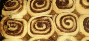 I made some cinnamon buns (from scratch) for yall sorting in new: I made some cinnamon buns (from scratch) for yall sorting in new