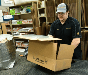 I miss sports so much I went to the UPS store to boo the Packers https://t.co/uUOyZtVu1b: I miss sports so much I went to the UPS store to boo the Packers https://t.co/uUOyZtVu1b