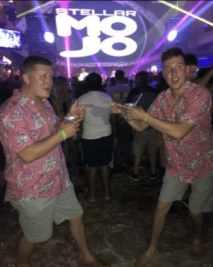 I ran into a guy wearing the same exact outfit as me at a club: I ran into a guy wearing the same exact outfit as me at a club