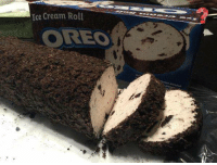 Ice Cream, Girl Memes, and Cream: Ice Cream Roll  OREO I WILL LOOK FOR YOU I WILL FIND YOU AND I WILL EAT YOU https://t.co/KKI98wDtpu