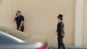 "icodeforlove: weloveshortvideos:  savage  ""hey officer, would you like to buy some marijuana"" : icodeforlove: weloveshortvideos:  savage  ""hey officer, would you like to buy some marijuana"""