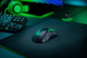 If there's one pet peeve we have, it's having too many wires on our desk. Declutter your gaming space with @Razer's Viper Ultimate—the wireless mouse built for esports.  Claim yours now: https://t.co/5ADuMwmIkd https://t.co/IqFntmt1if: If there's one pet peeve we have, it's having too many wires on our desk. Declutter your gaming space with @Razer's Viper Ultimate—the wireless mouse built for esports.  Claim yours now: https://t.co/5ADuMwmIkd https://t.co/IqFntmt1if