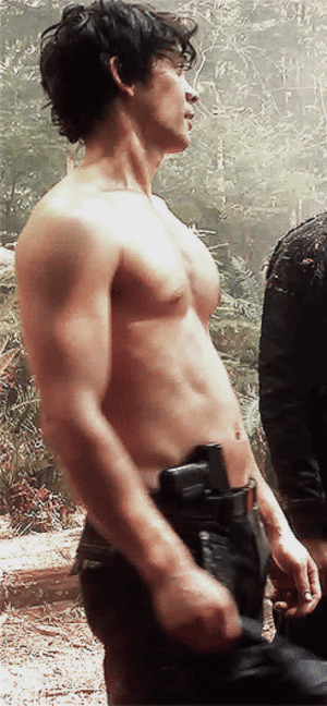 illgivethattoyou:Bellamy Blake + honestly what the fuck: illgivethattoyou:Bellamy Blake + honestly what the fuck