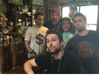 Memes, Workaholics, and Always Sunny: illRS  DERS  coANTAILS  Ue Workaholics and Always Sunny crossover episode?