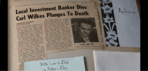 In Misery (1990) Annie Wilkes news paper scrapbook has news articles with repeating paragraphs: In Misery (1990) Annie Wilkes news paper scrapbook has news articles with repeating paragraphs