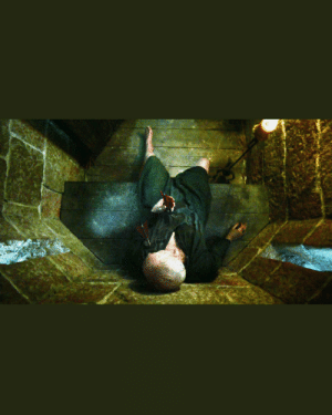 """In Season 4 Episode 7 Littlefinger portrays three of the Season's major deaths through the dialect, """"People die at their dinner tables. They die in their beds. They die squatting over their chamber pots."""" while speaking to Robin Arryn. Joffrey, Shae, and Tywin GamefThrones liltlefinger tywinlannister shae robinarryn joffreybaratheon joffreylannister: In Season 4 Episode 7 Littlefinger portrays three of the Season's major deaths through the dialect, """"People die at their dinner tables. They die in their beds. They die squatting over their chamber pots."""" while speaking to Robin Arryn. Joffrey, Shae, and Tywin GamefThrones liltlefinger tywinlannister shae robinarryn joffreybaratheon joffreylannister"""