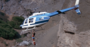 """In this scene in """"Wonder Woman"""" (1970), you actually see the lead actress, Lynda Carter, hang from a helicopter in flight. She wasn't happy with her stunt double, so she convinced her double to let her do it. She did get chewed out for it later by the higher-ups, due to the needless risk.: In this scene in """"Wonder Woman"""" (1970), you actually see the lead actress, Lynda Carter, hang from a helicopter in flight. She wasn't happy with her stunt double, so she convinced her double to let her do it. She did get chewed out for it later by the higher-ups, due to the needless risk."""