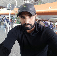 Memes, Pacer, and 🤖: Indian pacer Mohammed Shami clicks a selfie on his way to Kolkata from Bangalore after his training at NCA