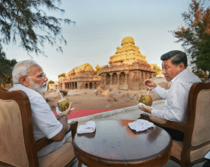 Chinese, India, and Indian: Indian PM Narendra Modi and Chinese PresidentXi Jinping in discussion at the 1500 year old historical Shore Temple of Mamallapuram in Tamil Nadu India.