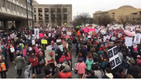 Memes, 🤖, and Washington: INFI  ss The crowds are massive and growing, as Mic is live from the Women's March on Washington in Washington, D.C.