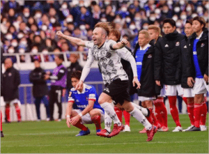 Iniesta grew a mohawk after moving to Japan https://t.co/gtDwL3TY2u: Iniesta grew a mohawk after moving to Japan https://t.co/gtDwL3TY2u