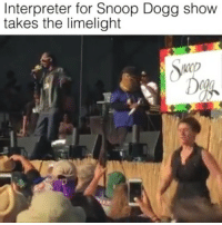 This interpreter is littt 😂😂😕 SnoopDogg @pmwhiphop @pmwhiphop @pmwhiphop @pmwhiphop @pmwhiphop @pmwhiphop: Interpreter for Snoop Dogg show  takes the limelight This interpreter is littt 😂😂😕 SnoopDogg @pmwhiphop @pmwhiphop @pmwhiphop @pmwhiphop @pmwhiphop @pmwhiphop