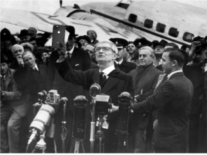 iPhones for our time, Tim Cook is told that China promises to not Invade Hong Kong. (1938): iPhones for our time, Tim Cook is told that China promises to not Invade Hong Kong. (1938)