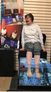 Dank, Too Much, and Fish: Isrispa  UV This woman's reaction to using a fish spa for the first time is too much 😂😂