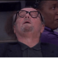 Jack Nicholson struggled during the Lakers' blowout loss to the Warriors. (Via Deadspin): Jack Nicholson struggled during the Lakers' blowout loss to the Warriors. (Via Deadspin)
