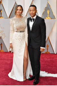 jeeez-louise:Chrissy Teigen in Zuhair Murad  John Legend in Gucci at the 89th Academy Awards, 26/02/017: jeeez-louise:Chrissy Teigen in Zuhair Murad  John Legend in Gucci at the 89th Academy Awards, 26/02/017