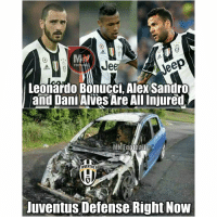 Memes, Juventus, and 🤖: Jeer  FOOT  Leonardo Bonucci, Alex Sandro  and Dani Alves Are All Injured  MN Football  iUVENTUS  Juventus Defense Right Now Juventus' defence right now... 😂😱😂 🔺LINK IN OUR BIO! MERRY XMAS!! 🎅🌲