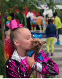 JoJoSiwa and BowBow have something special coming tomorrow... It's a new musicvideo for HoldtheDrama! 🎀💃 dogstagram cantwait: JoJoSiwa and BowBow have something special coming tomorrow... It's a new musicvideo for HoldtheDrama! 🎀💃 dogstagram cantwait