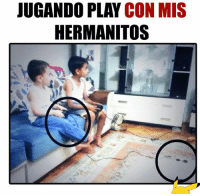 Jugando Play Con Mis Hermanitos Meme On Me Me