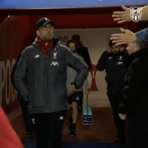 "Jurgen Klopp: ""Put your hands away you f***ing idiots!"" Jurgen isn't taking any risks with the coronavirus 😂🤣 https://t.co/stm30F2bSU: Jurgen Klopp: ""Put your hands away you f***ing idiots!"" Jurgen isn't taking any risks with the coronavirus 😂🤣 https://t.co/stm30F2bSU"