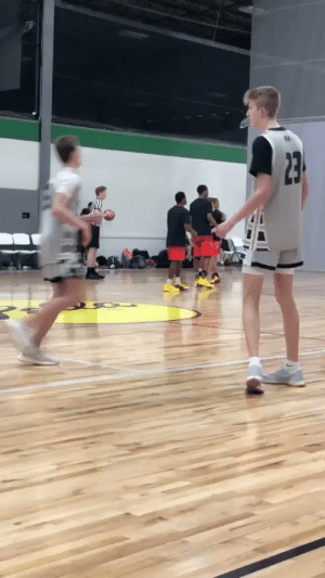 Dunk, Memes, and Game: Just a video of a ref throwing down a between the legs dunk before a game.   (Via @HoHighlights, @cadenreynolds_)    https://t.co/wLqwnfmv0h