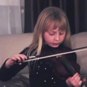 """Target, Tumblr, and Vine: justlearningasigo:  liamdryden:  redrodent:  rabbitmyrabbit:  weloveshortvideos:  No strings attached.  *pwing*  This is my new favorite vine I can't stop laughing aaaaah send help    """"WOT THEE FOCK"""""""