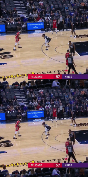 Lonzo Ball with the contact dunk!  https://t.co/be9GPuzkuL: KAISER PERMANENTE.  thrive  DId Bree  २५  42  Colde rlCE NTER  PELICANS  Credit  KINGS  57   KAISER PERMANENTE.  thrive  DI d B ree  24  42  Colder1CENTER  PELICANS  Credit U  57  KINGS Lonzo Ball with the contact dunk!  https://t.co/be9GPuzkuL