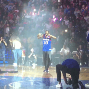 """We apologize to anyone offended…We strive to create a family atmosphere at Kansas & fell short of that this evening.""   Kansas AD Jeff Long issued an apology for Snoop Dogg's unedited performance with a stripper pole at LATE NIGHT IN THE PHOG. https://t.co/nmsDacpxuA: KANBAS  20 ""We apologize to anyone offended…We strive to create a family atmosphere at Kansas & fell short of that this evening.""   Kansas AD Jeff Long issued an apology for Snoop Dogg's unedited performance with a stripper pole at LATE NIGHT IN THE PHOG. https://t.co/nmsDacpxuA"