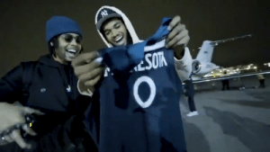 KAT met D-LO at the airport to give him his @Timberwolves jersey! https://t.co/eGojGC9qPJ: KAT met D-LO at the airport to give him his @Timberwolves jersey! https://t.co/eGojGC9qPJ