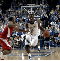 John Wall, Memes, and Game: KENTUCKY NeverForget when John Wall hit this buzzer beater in his first game at Kentucky...😳🙌 Kentucky DoTheJohnWall