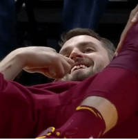 KevinLove got his tooth knocked loose in last nights matchup against the MiamiHeat! 🏀😳😩 @ESPN WSHH: KevinLove got his tooth knocked loose in last nights matchup against the MiamiHeat! 🏀😳😩 @ESPN WSHH