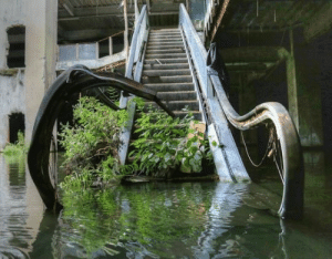 kvltmvtherfvcker1349mvrdermvsic: abandonedandurbex:  The New World Mall, in Bangkok, was closed in 1997 after it was found to have breached building regulations.  Yeah it looks like they put some of it in the water. Classic mall mistake : kvltmvtherfvcker1349mvrdermvsic: abandonedandurbex:  The New World Mall, in Bangkok, was closed in 1997 after it was found to have breached building regulations.  Yeah it looks like they put some of it in the water. Classic mall mistake