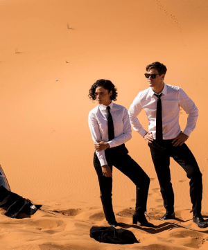 Chris Hemsworth, Tumblr, and Black: kxriandrs:  theavengers: Tessa Thompson and Chris Hemsworth on the set of 'Men in Black'
