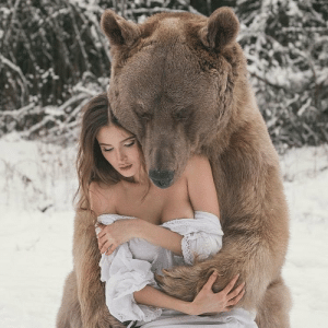Fucking, Tumblr, and Bear: la-femininemystique:  anthymn:  serbianslayer:  donzo1234:   sleepnoi7es:   sixpenceeeblog: Stephan the bear hugging Svetlana Panteleenko who adopted him when he was only three months old  Yall think they fuckin?   Xkdjsjjddkkskaisjzhs yes   I don't fucking need this   this looks like some pregnancy announcement picture yikes   Why her titty out  @wetfag the first thing I thought of was vore I hate you and your followers 😂