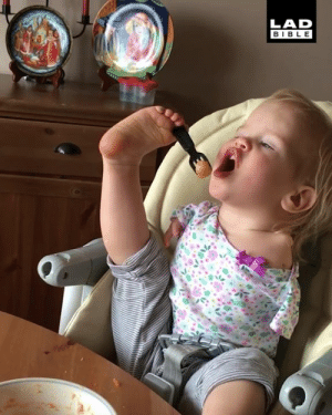 This little girl refuses to let anything hold her back in life 👏🏻👏🏻: LAD  BIBLE This little girl refuses to let anything hold her back in life 👏🏻👏🏻