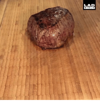 Memes, Bible, and 🤖: LAD  BIBLE This steak is so soft you can cut it with a spoon 😍🥩 - @reinaldolee x @foodbible