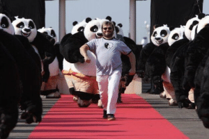 ladiesloveduranduran: dannyaviclan:  picsthatmakeyougohmm: hmmm  a king leading his men into battle  I'm LOVING Jack Black's look for the Met Gala : ladiesloveduranduran: dannyaviclan:  picsthatmakeyougohmm: hmmm  a king leading his men into battle  I'm LOVING Jack Black's look for the Met Gala